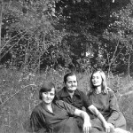 Anna Lasica Gut, center, with her daughters Genowefa Gut Bloch, left, and Stanislawa in Kwidzyn, Poland, in the mid-1980s.